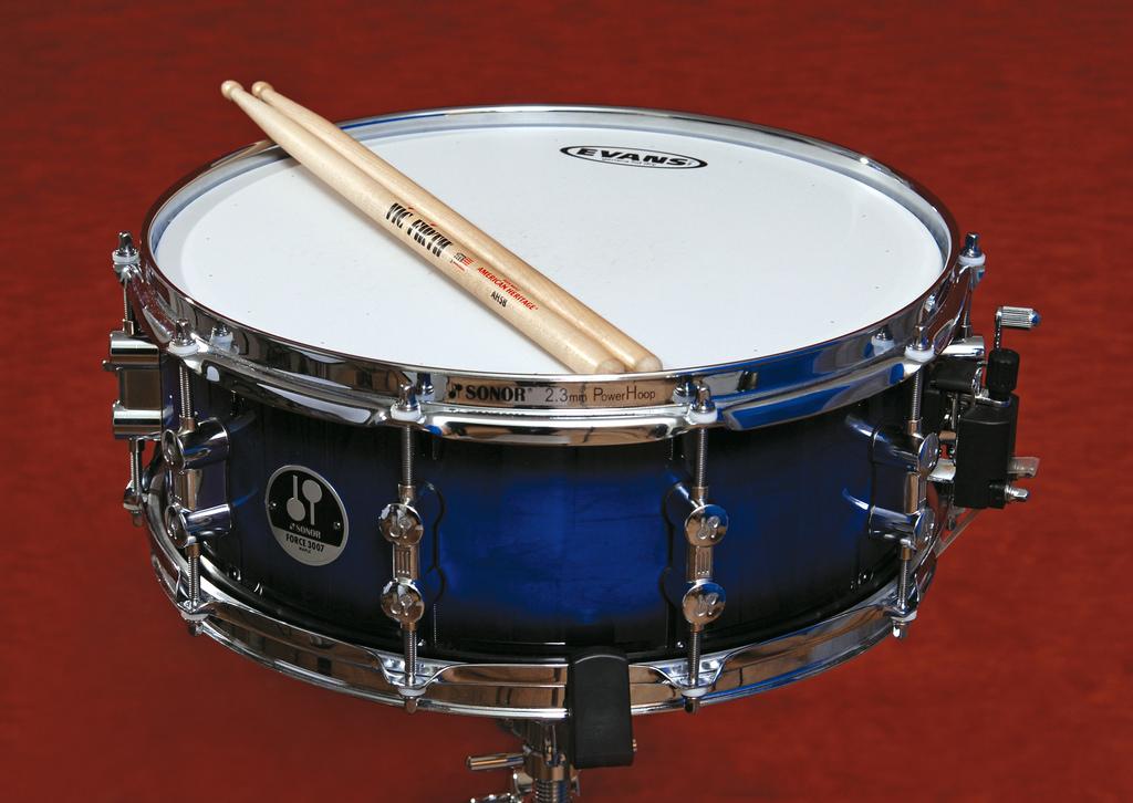 what is a snare drum instrument insider. Black Bedroom Furniture Sets. Home Design Ideas